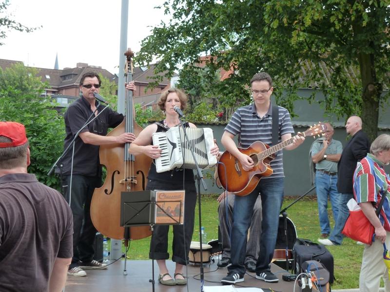 IG Metall Nienburg-Stadthagen: Bad Nenndorf ist bunt 6. August 2011